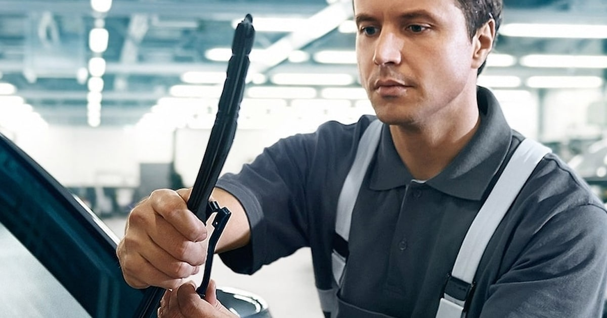 BMW Windshield Wiper Replacement Service Special Coupon