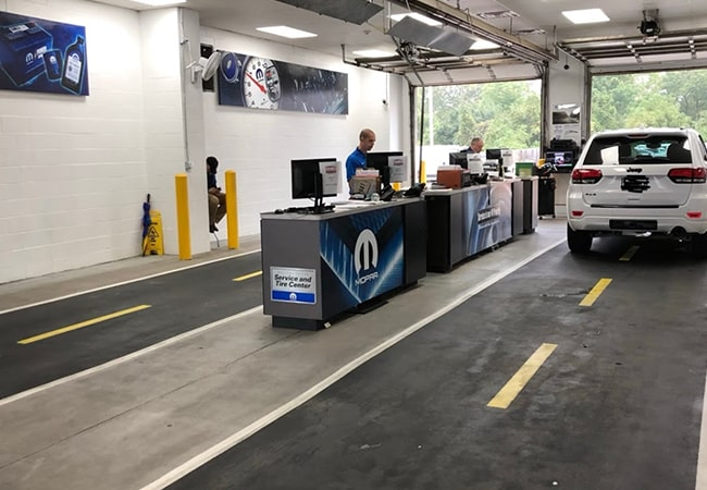 Dealership Amenities Service Bay