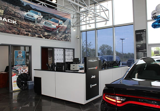 Russ Darrow Mopar Dealership Amenities