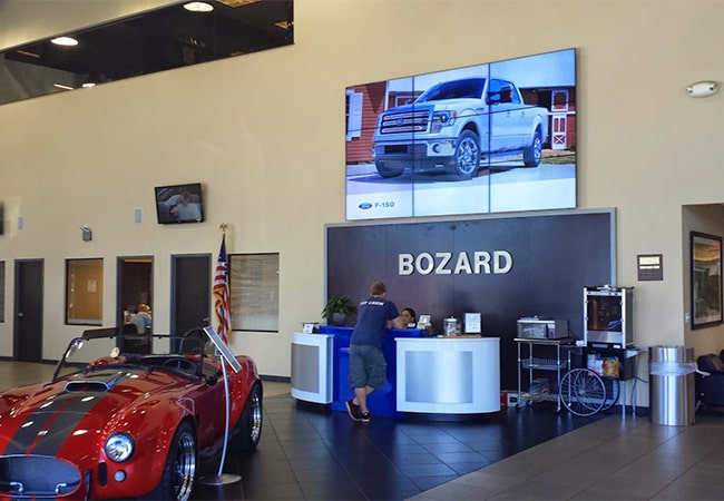 Bozard Ford Lincoln Lobby