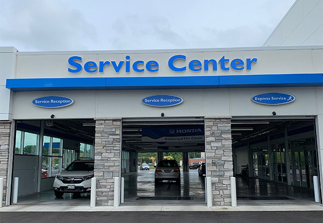 Rapids Honda Service Center Entrance
