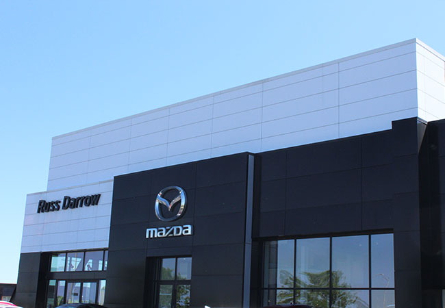 Russ Darrow Mazda Milwaukee Amenities Showroom