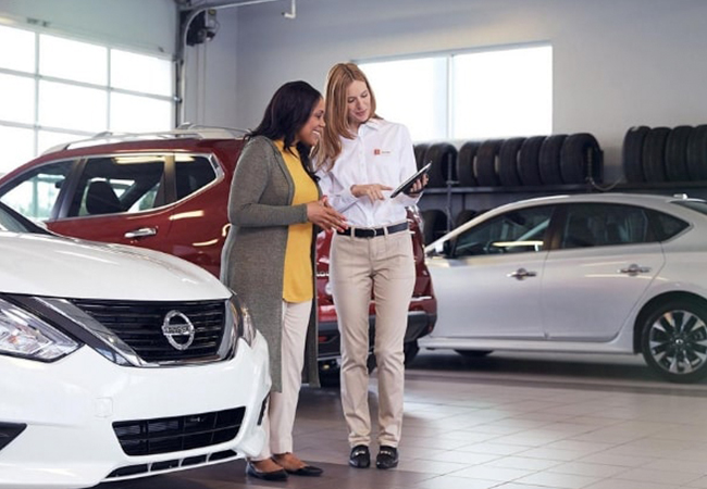 Nissan Service Advisors