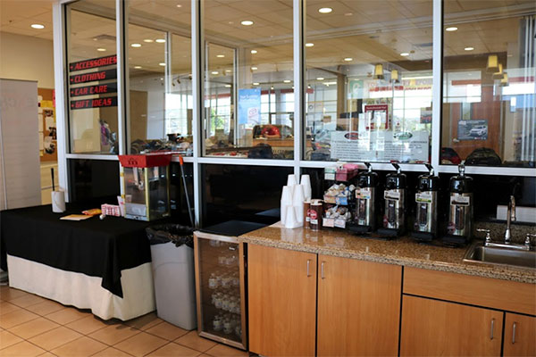 Findlay Toyota of Prescott Complimentary Snacks & Beverages