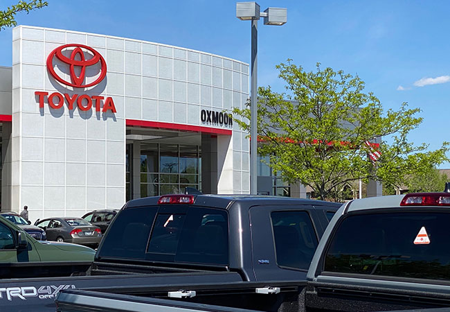 Oxmoor Toyota Snacks & Beverages