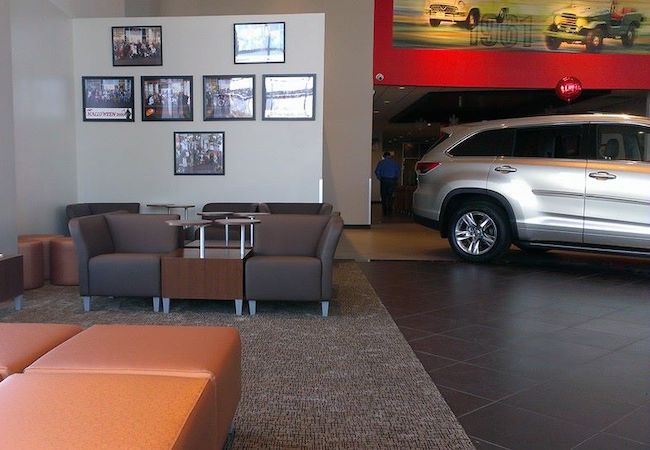 Pappas Toyota Lounge