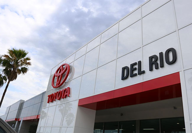 Toyota of Del Rio Dealership