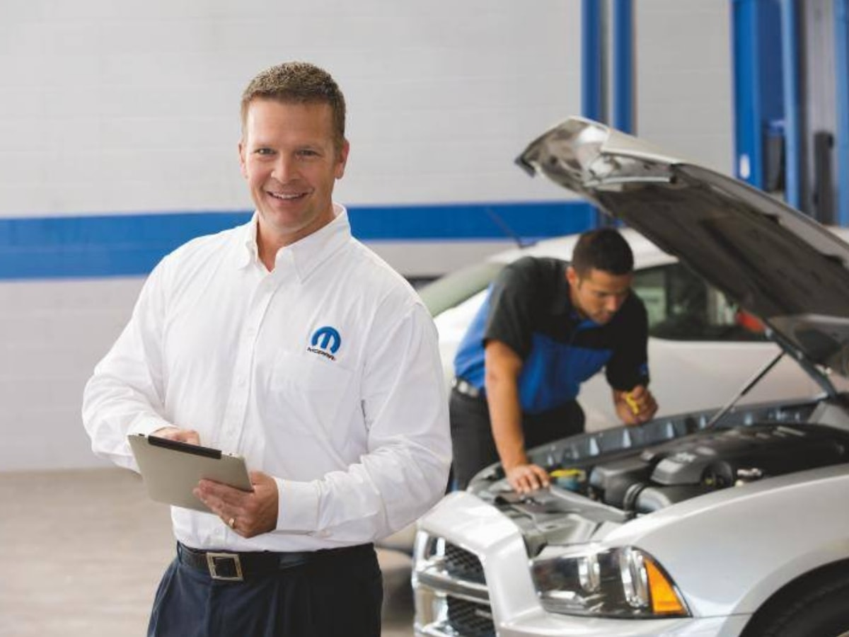 MOPAR Brake Fluid Exchange Service in Glendale Heights, IL
