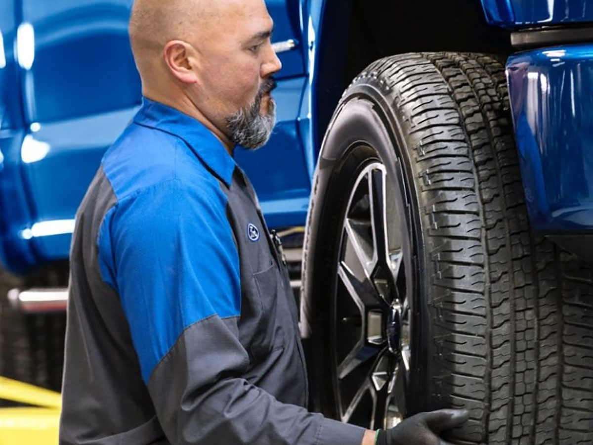 Ford Lincoln Tire Department