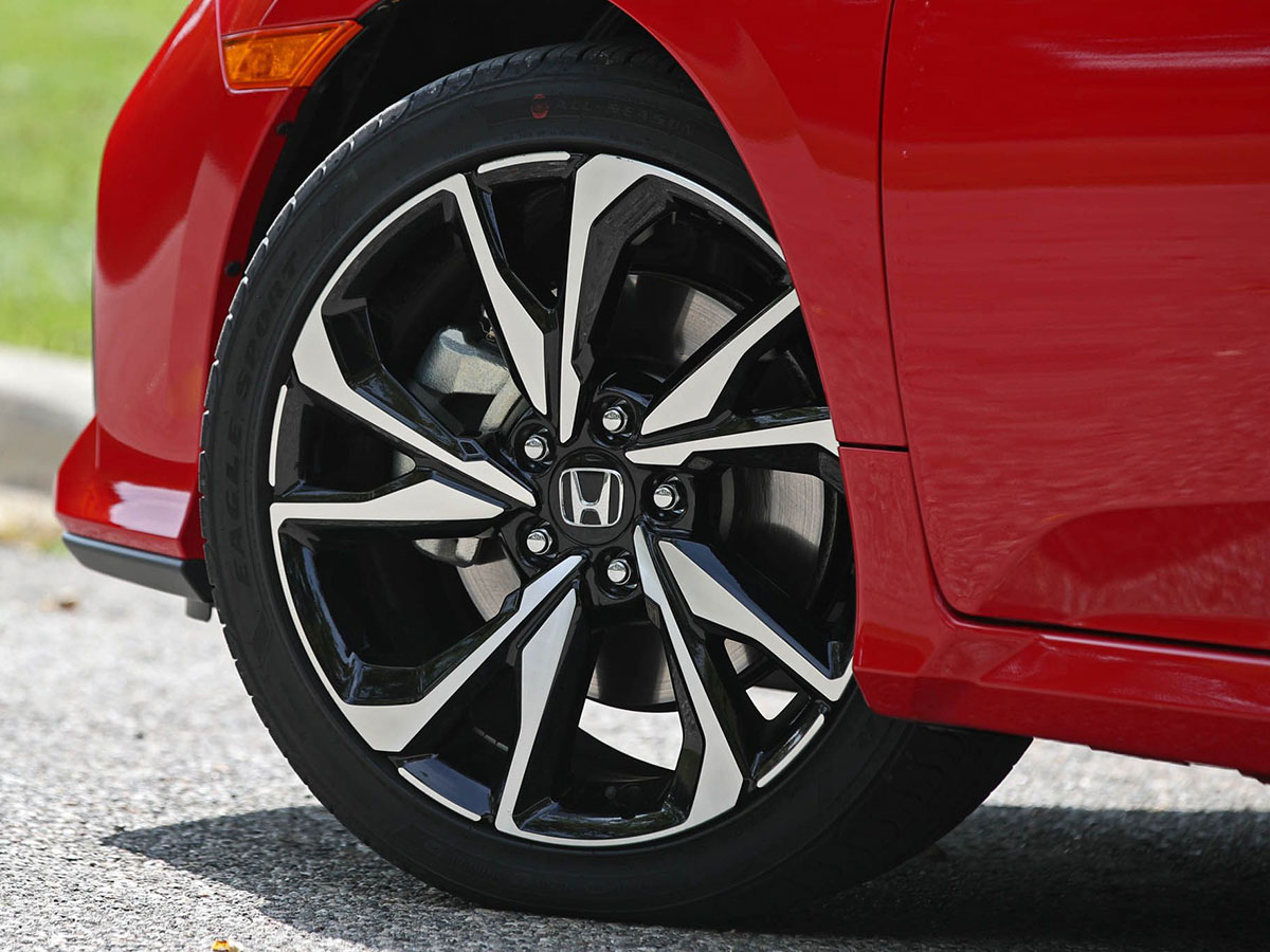 Tires Colorado Springs >> Tire Tread Pressure Check In Colorado Springs Co