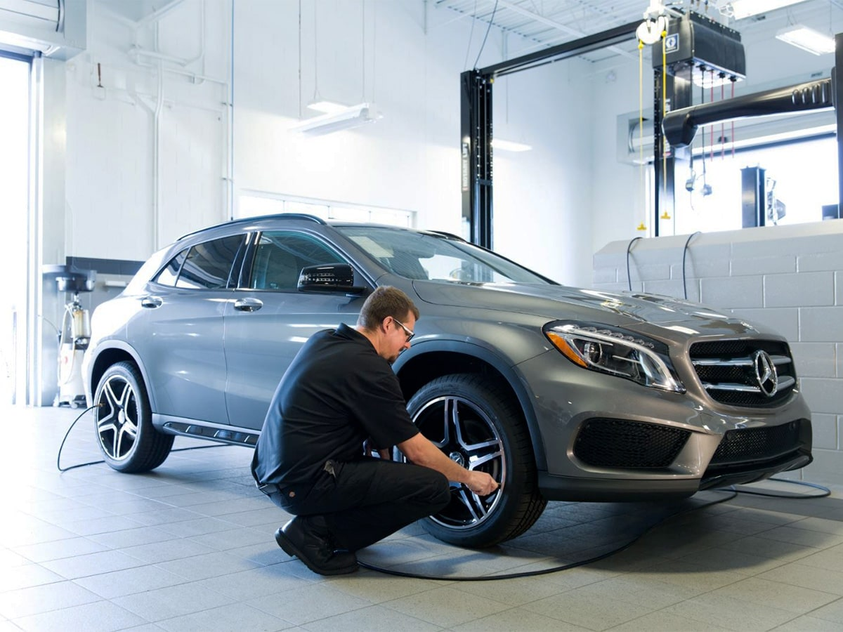 Mercedes-Benz Front Brake Pad Replacement