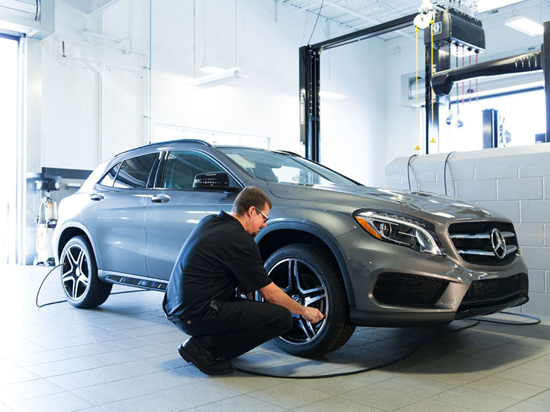 Mercedes Services at Brooklyn Mitsubishi