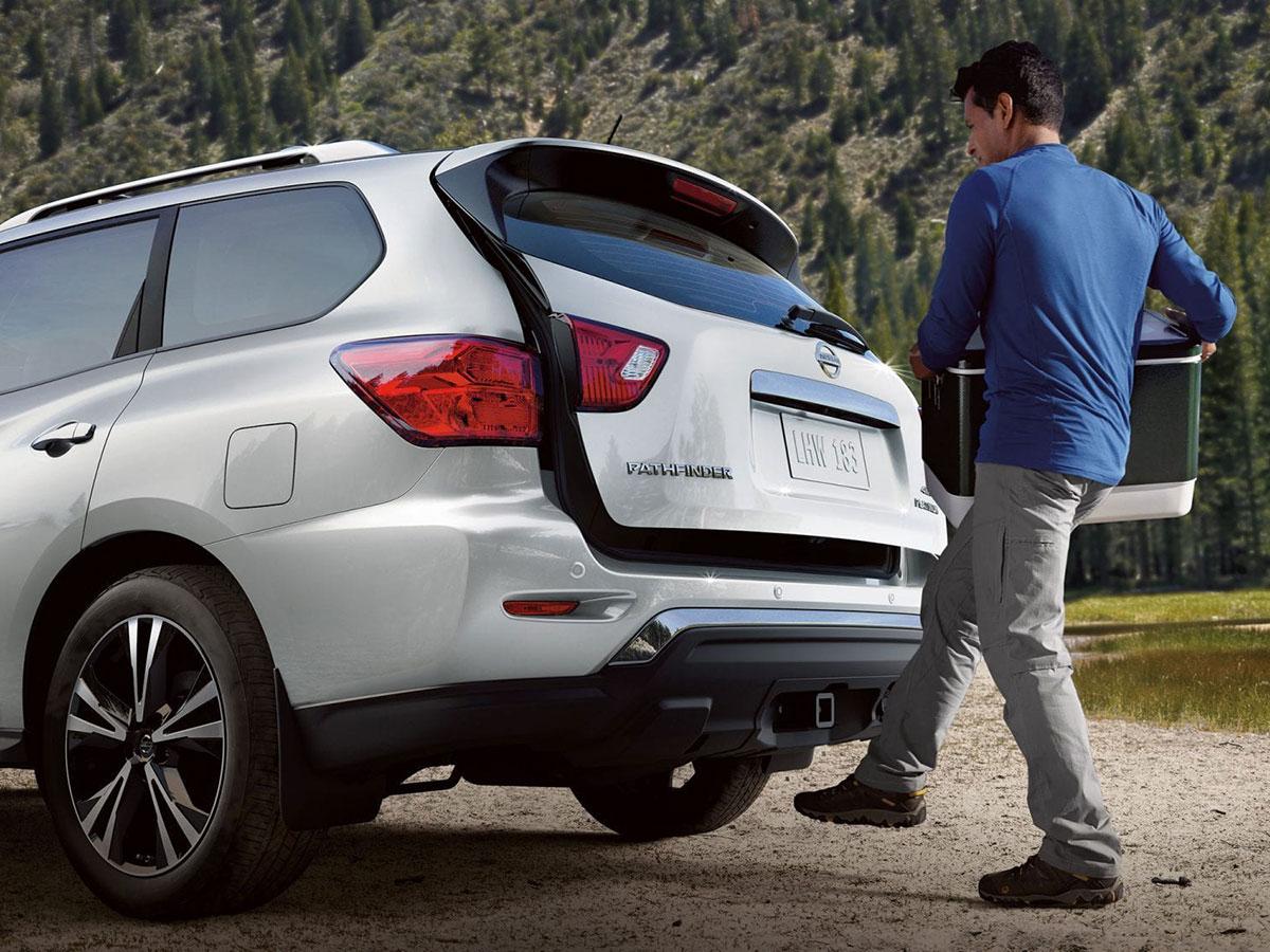 Nissan Pathfinder Service