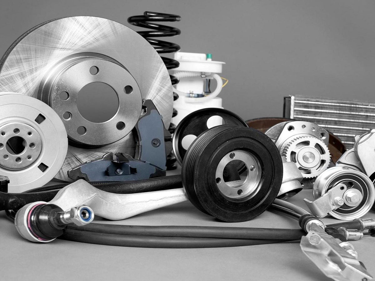 Nissan OEM Parts vs. Aftermarket Parts