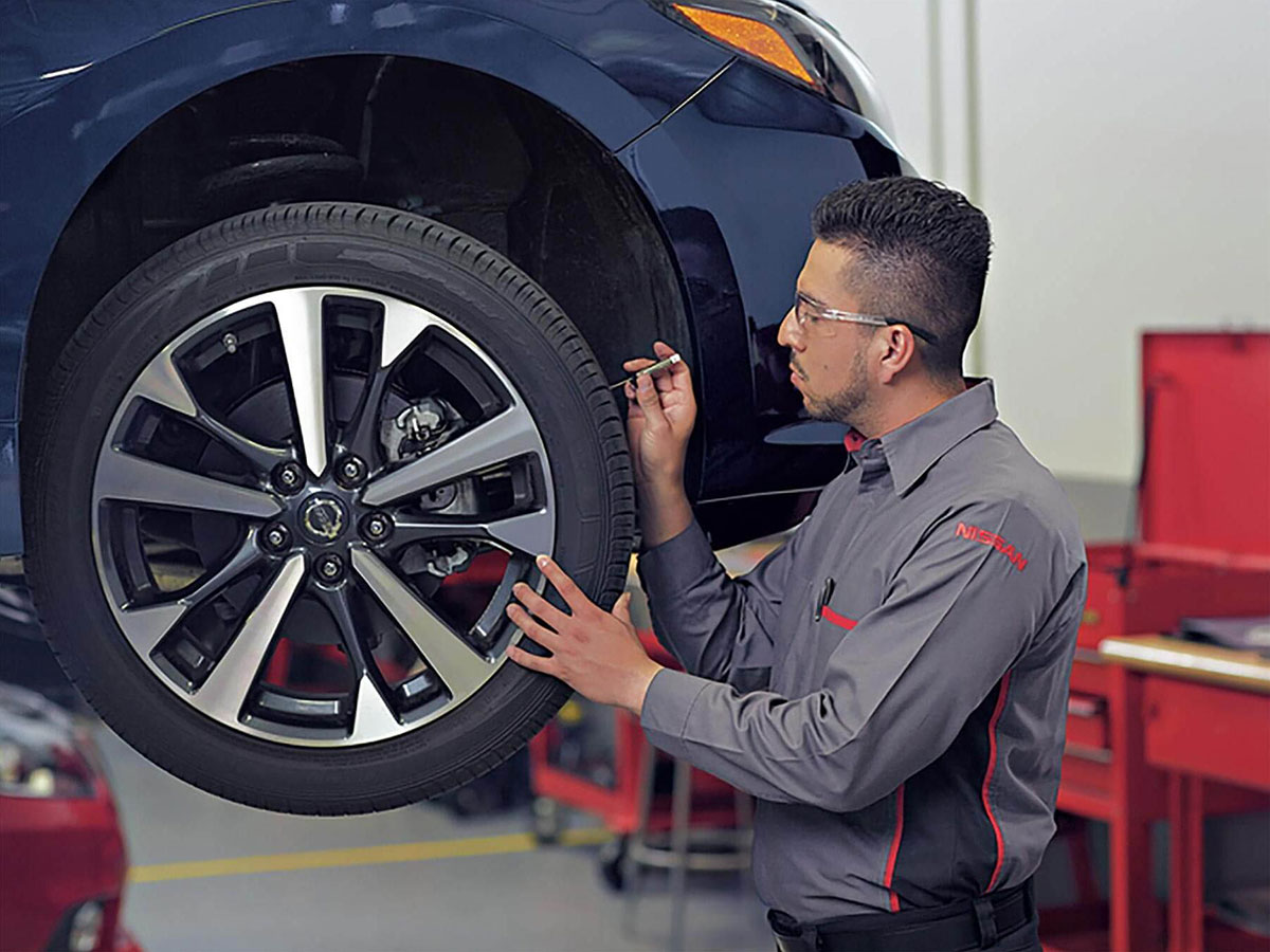 Tire Tread & Pressure Check