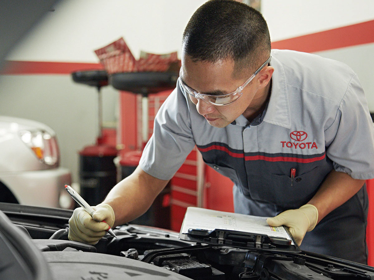 Toyota Service Department in Santa Cruz County