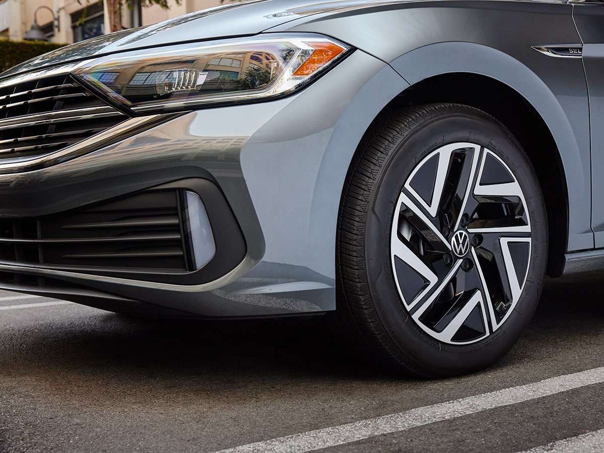 VW Tire Service & Sales