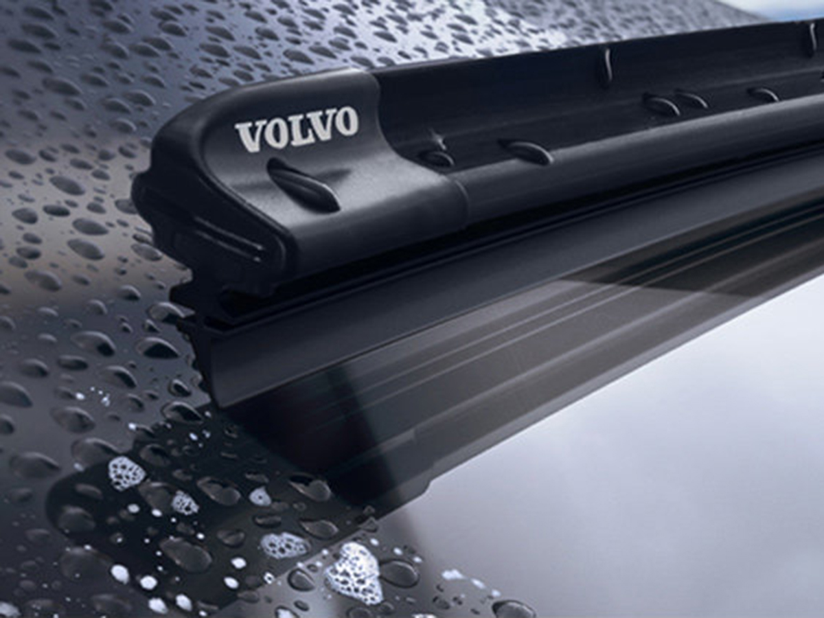 Volvo Windshield Wiper Replacement Service Special Coupon